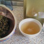 jasminperlen zhen zhu, tee mit tasse und packung